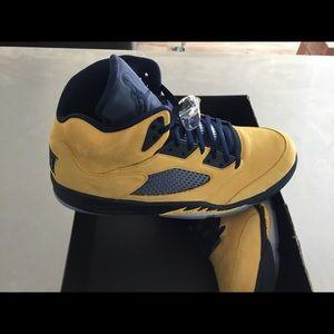 New Men's Air Jordan 5 Retro size 15